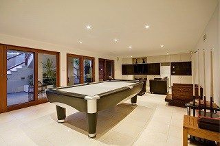 Pool table movers in Orlando, Florida
