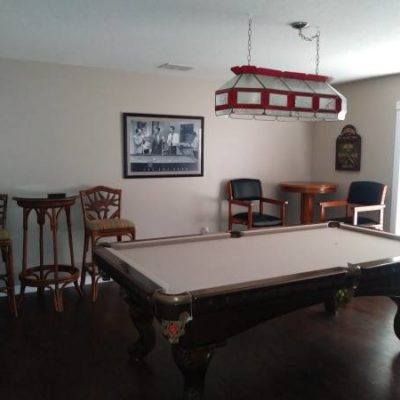 Pool table, Entrainment Center